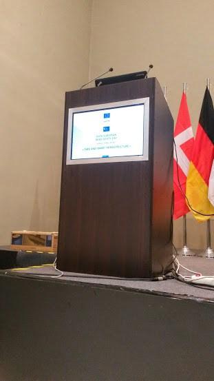 Ενοικίαση podium ομιλητών